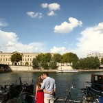 Lovers on the bank of La Seine